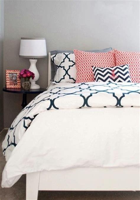 bed pillow arrangement ideas 17 best images about bedroom on pinterest colorful