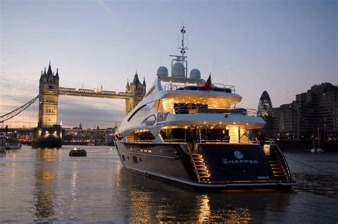 thames river cruise luxury beautiful luxury boat on thames luxury boat hire