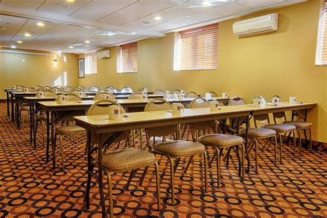comfort inn staten island comfort inn staten island in new york hotel rates