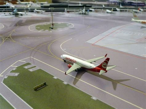 Build Dream Home 020 400 eham taxiway signs no point airport diorama