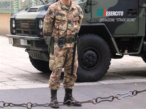 ufficio sorveglianza firenze a san rossore arriva la sorveglianza dei paracadutisti