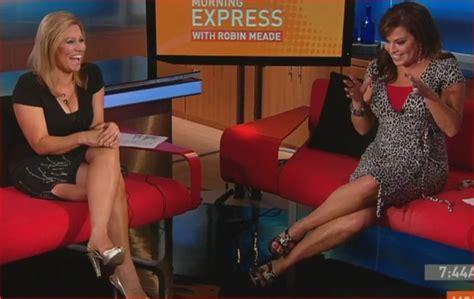 Jennifer Westhoven Short Skirt And Hot Legs On Cnn Tv | jennifer westhoven short skirt and hot legs on cnn tv