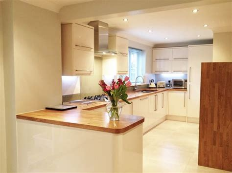 1000 ideas about cream gloss kitchen on pinterest gloss oak worktops oak kitchen worktops and cream on pinterest