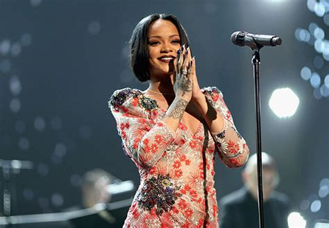 biography film music rihanna biography instagram age songs birthday and net
