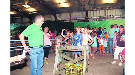 scheune reeperbahn kinderfest schon die j 252 ngsten haben an der reeperbahn spa 223