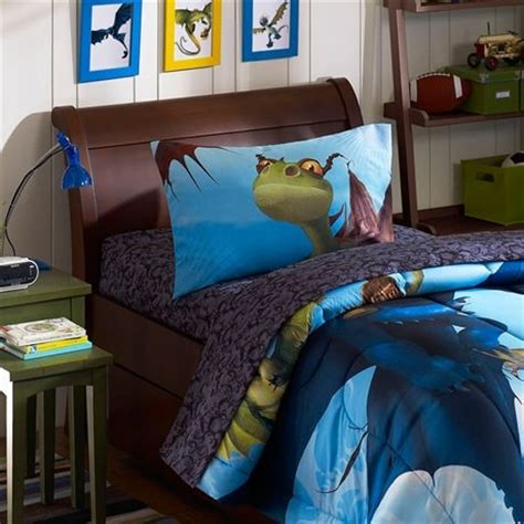 how to train your dragon bedroom how to train your dragon toy plus matching bedroom decor