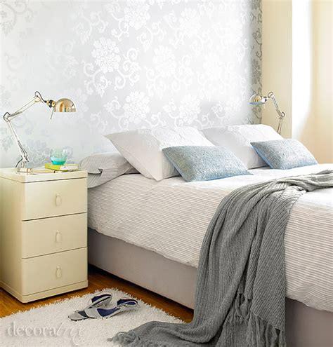 decorar habitacion matrimonio gris dormitorio femenino en tonos grises