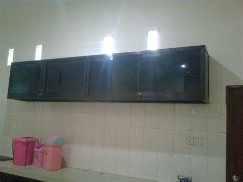 Lemari Gantung contoh gambar lemari gantung dapur minimalis kamar minimalis