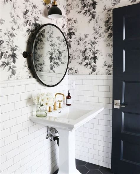 black and white wallpaper for bathrooms the 25 best bathroom wallpaper ideas on pinterest wall paper bathroom powder room