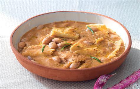 cucinare fagioli borlotti pasta e fagioli la ricetta classica