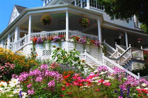 mackinac island cottage rentals 17 best images about my getaway places on