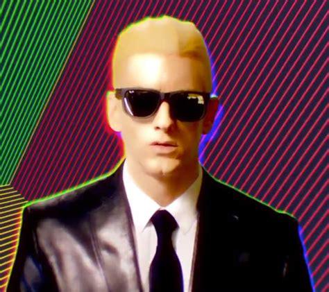 eminem rap god eminem premieres rap god music video rockoranything
