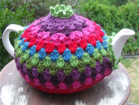 knit or crochet tea cozy dog breeds picture