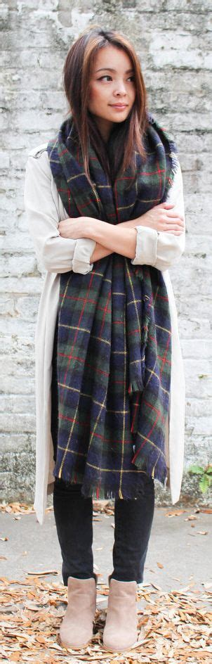 falls biggest trends how to wear plaid how to wear the oversized scarf trend plaid and scarves