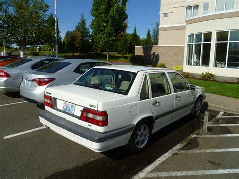 volvo hatchback 2002 100 volvo hatchback 2002 volvo v40 automobilių