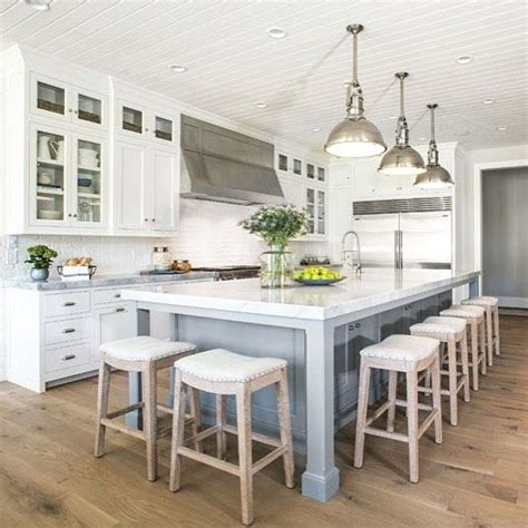 Kitchen Stools For Islands by Best 25 Kitchen Island With Stools Ideas On