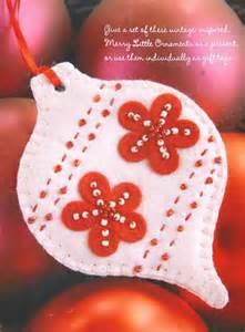 Image from quot fa la la la felt 45 handmade holiday decorations quot by