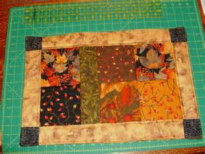 sew free charm placemat pattern
