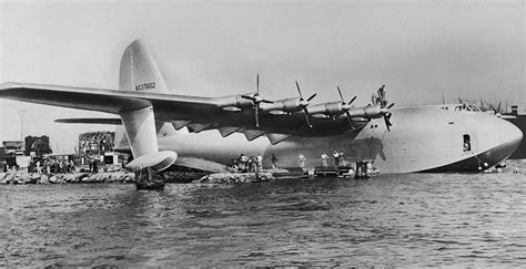 speed boat crash long beach the hughes h 4 hercules spruce goose aces flying high