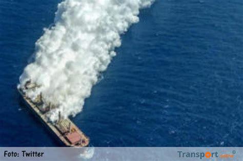 schip brand canarische eilanden transport online brand op de mv cheshire na twee weken