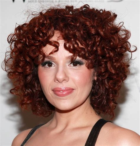 cute hairstyles curls 4 adorable curly hairstyles for women pretty designs
