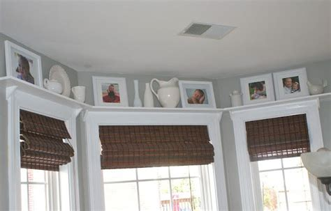 crown molding window treatments crown molding around bay windows new home ideas