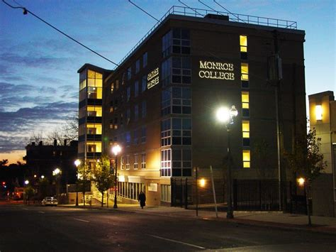 College Of New Rochelle Mba by About New Rochelle Cus College