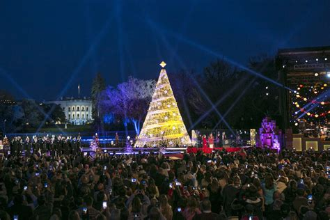 lighting national tree 2017 the 2017 national tree lighting the tenors