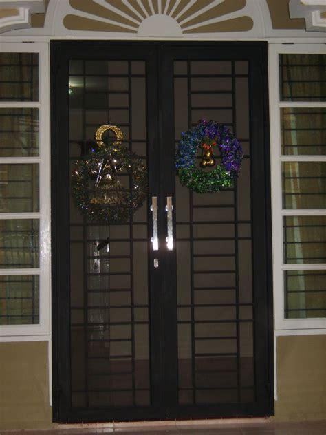 Gambar teralis dan pintu besi   Teralis Minimalis & Clasik