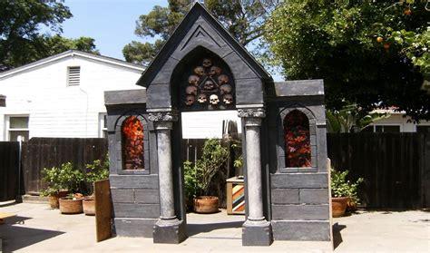 Home Made Halloween Decor build a cemetery mausoleum facade for halloween youtube
