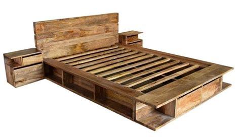 letti in legno naturale letto etnico con contenitori mobili etnici provenzali