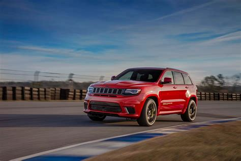 trackhawk jeep hellcat jeep gifts the 2018 grand trackhawk with 707 hp