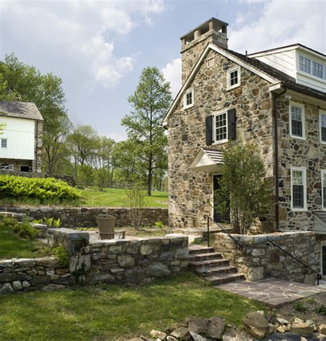 Colonial Farmhouses The Elegance Of Stone A Look Inside And Out