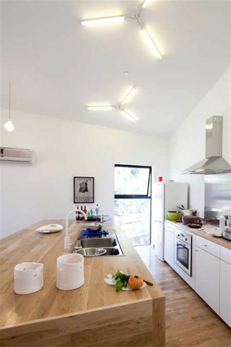 small house design creates harmonious duet with