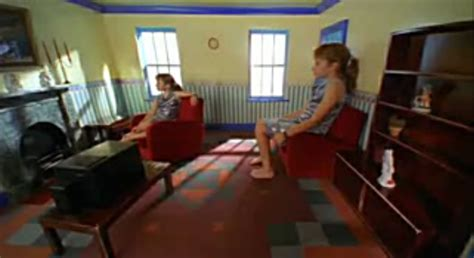 The Ames Room by Trompe L Oeuil And The In The Ames Room Philosophy