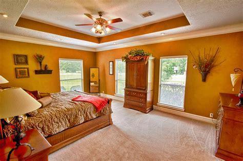 Recessed Ceiling Fan for A Sleek Ceiling Look   HomesFeed