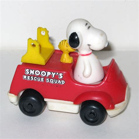 push pull turn truck to the rescue books snoopy in rescue squad firetruck push n pull car