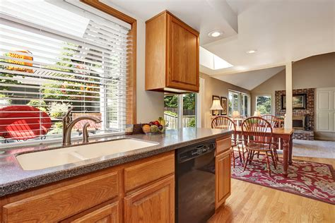 kitchen cabinet cleaning the basics of kitchen cabinet cleaning sarasota