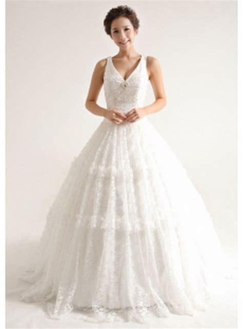 Brautkleider Tracht by Trachten Hochzeitskleider