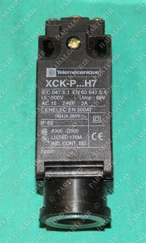 Schneider Telemecanique Limit Switch Xcj125 telemecanique xck p110h7 limit switch new partcrib