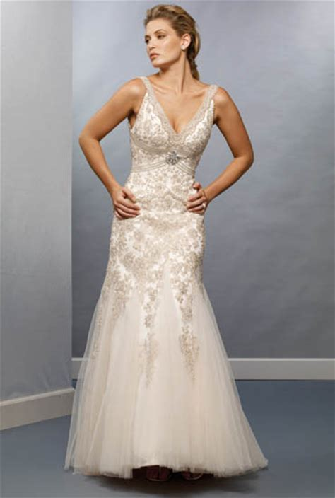 Informal Wedding Gowns by The Distinct Designs Of Informal Wedding Gowns