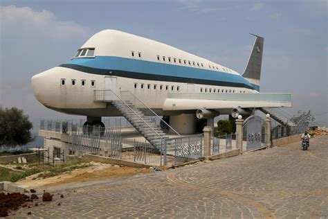 airplane house unusual homes around the world the atlantic