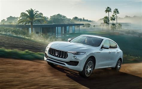 levante maserati white 2016 maserati levante hd wallpapers high quality