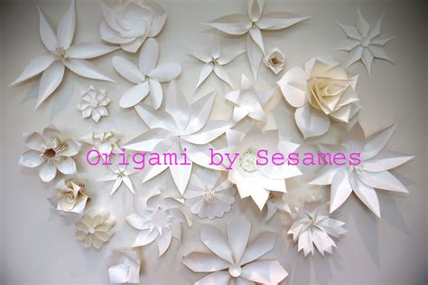 Large Origami Flowers - 75 free paper flower at allcrafts 2017