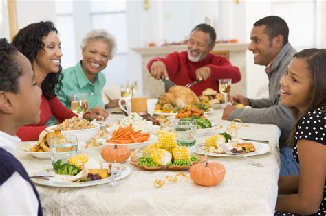 entertaining at home how to cope with a dysfunctional family holiday gathering