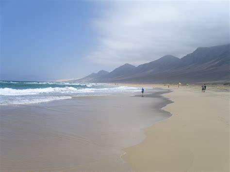 fuerteventura turisti per caso spiaggia di cofete viaggi vacanze e turismo turisti
