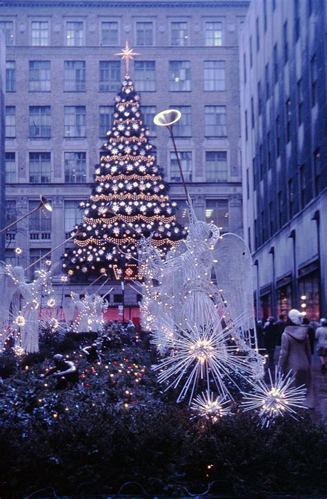 file rockefeller center christmas tree new york 1970