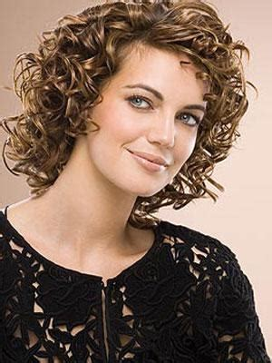 shoulder length hair spiral perm lovely spiral perm hairstyle