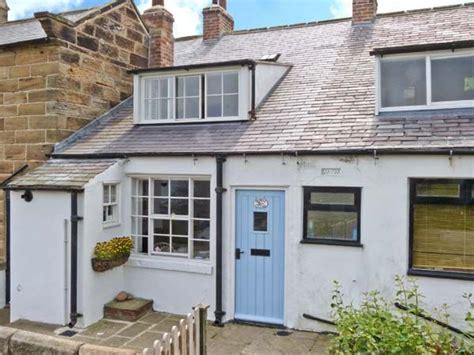 robin hoods bay cottages bramble cottage robin s bay robin s bay