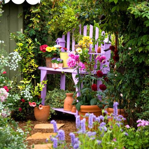 backyard decorating ideas bright accents for the garden and backyard 11 methods